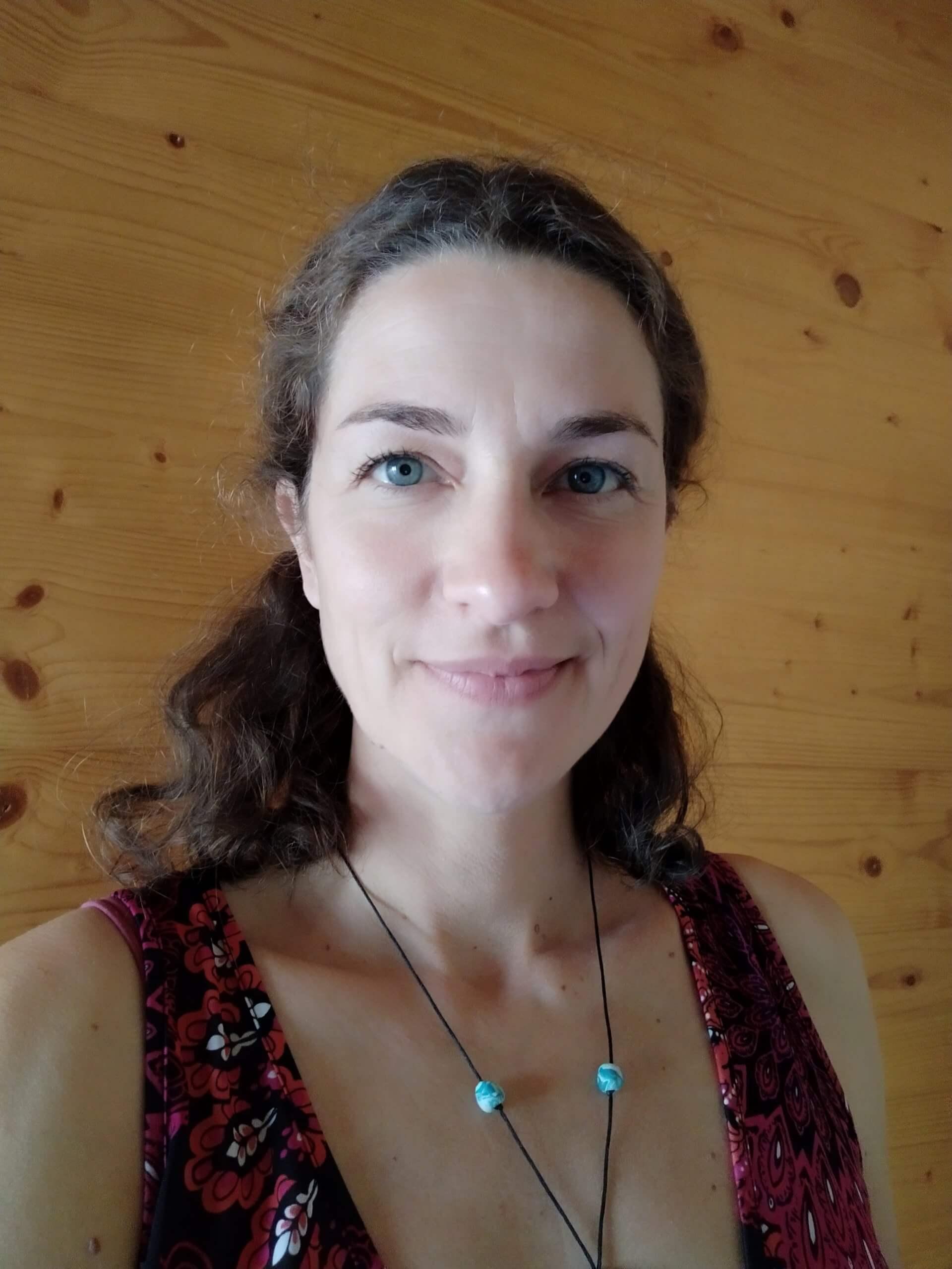Qui suis-je Stéphanie Dompmartin ReflexoTerreApis Réflexologie Réflexologue Massage Groisy Cruseilles Annecy Haute-Savoie